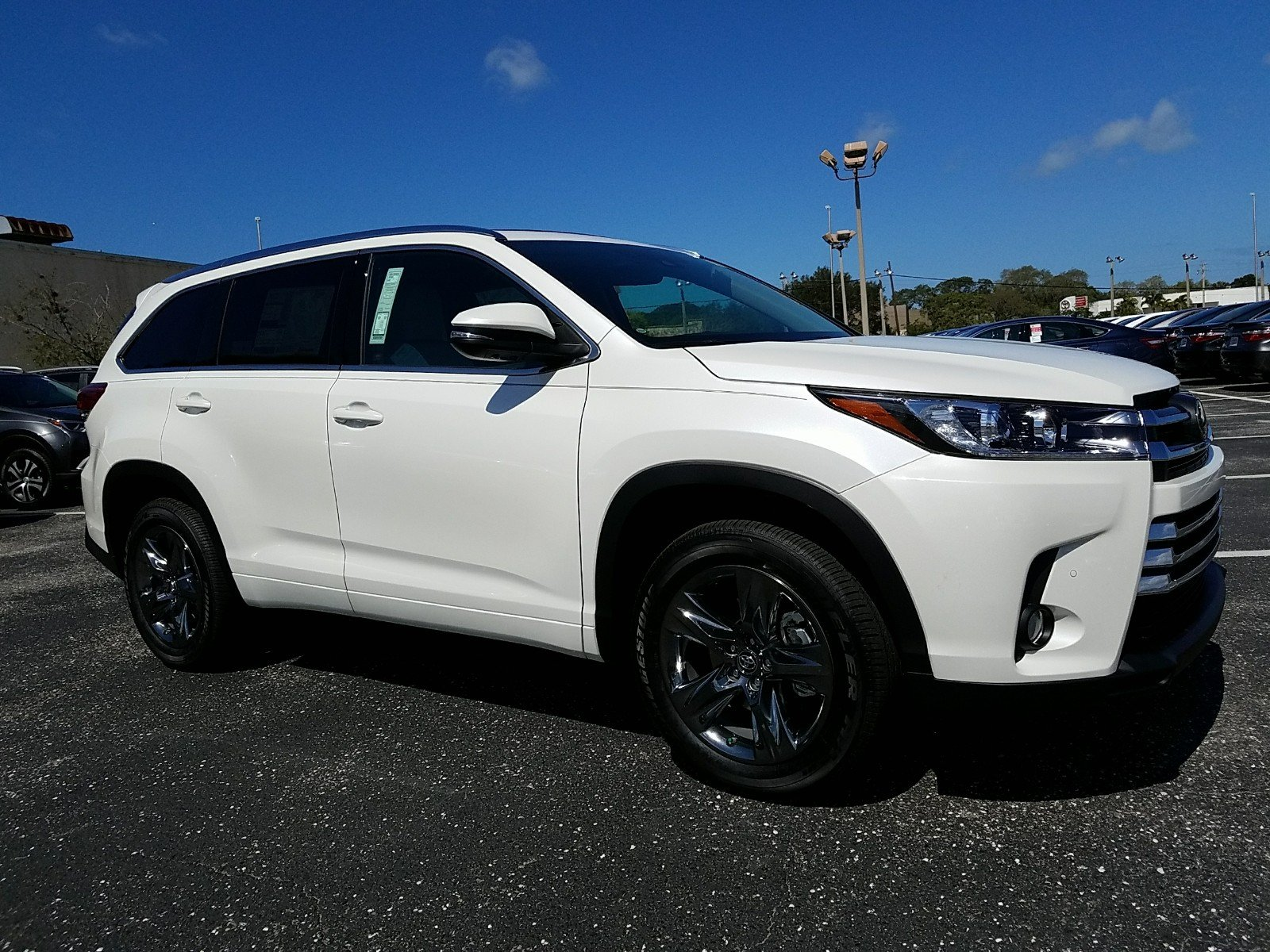 new 2017 toyota highlander limited platinum 4d sport utility in sarasota hs209532 toyota of. Black Bedroom Furniture Sets. Home Design Ideas